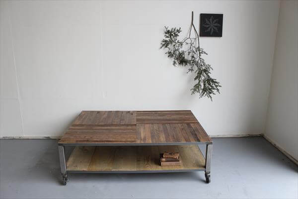 DIY Pallet Coffee Table With Metal Base