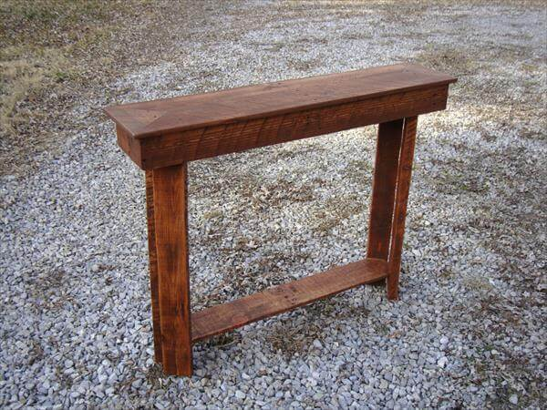 upcycled pallet entry way table