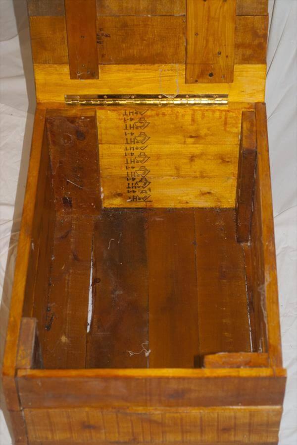 reclaimed pallet storage box