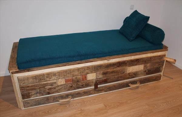 DIY Twin Bed Made From Pallets Pallet Furniture DIY