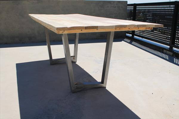 upcycled pallet dining table with metal legs