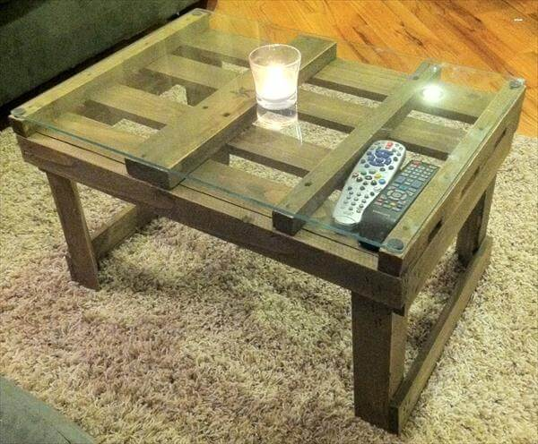 rustic pallet coffee table diy