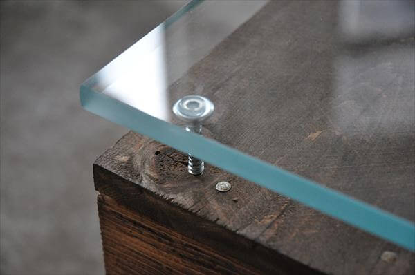 repurposed pallet coffee table with casters