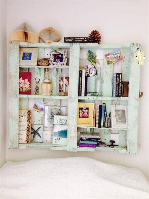 recycled pallet headboard and bookshelf
