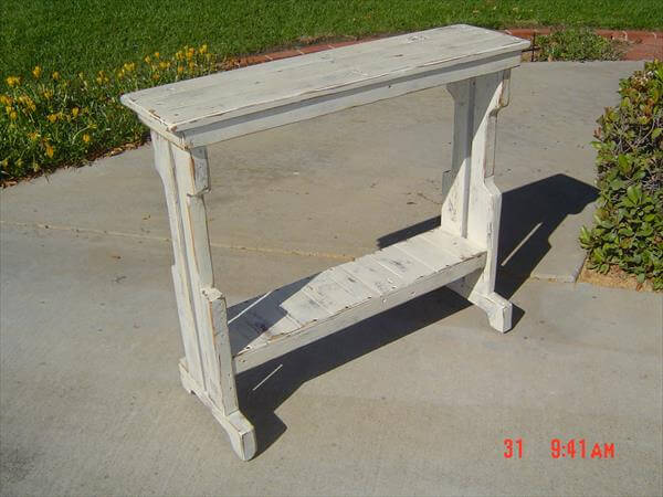 upcycled pallet sofa side table and entry way table