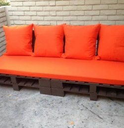 recycled pallet sofa with cushion
