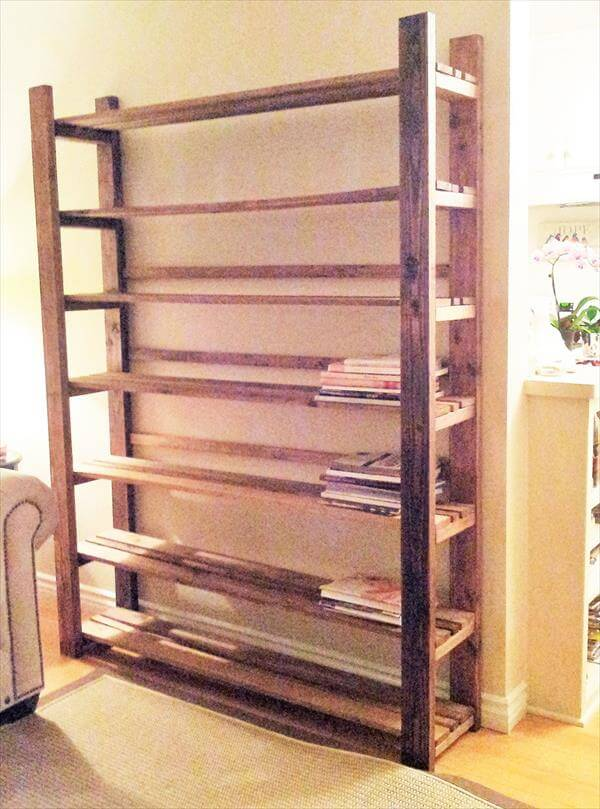 reclaimed pallet bookcase