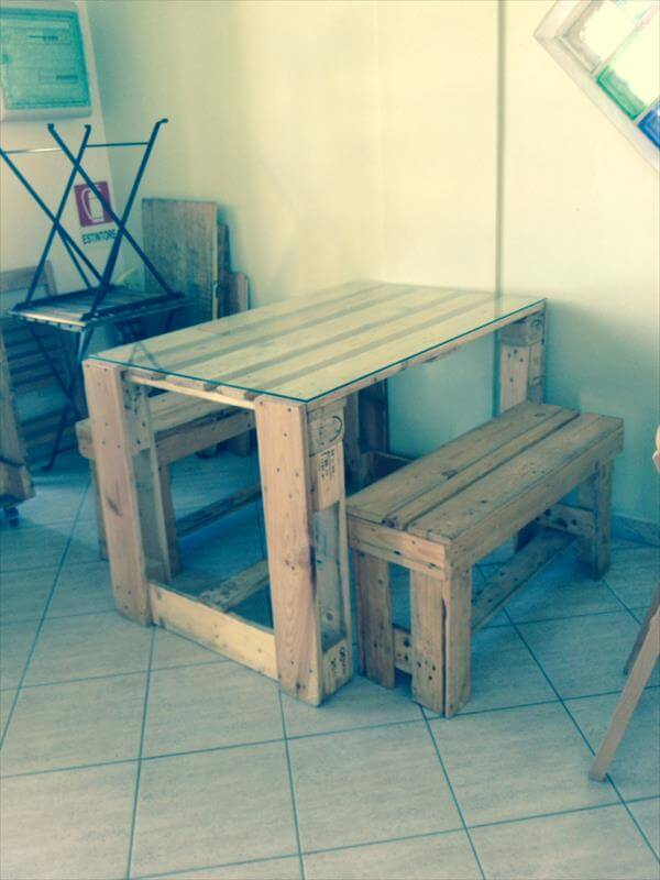 DIY Pallet Desk and Table with Glass Top | Pallet Furniture DIY
