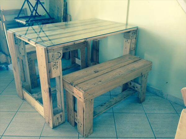 no-cost pallet desk and table