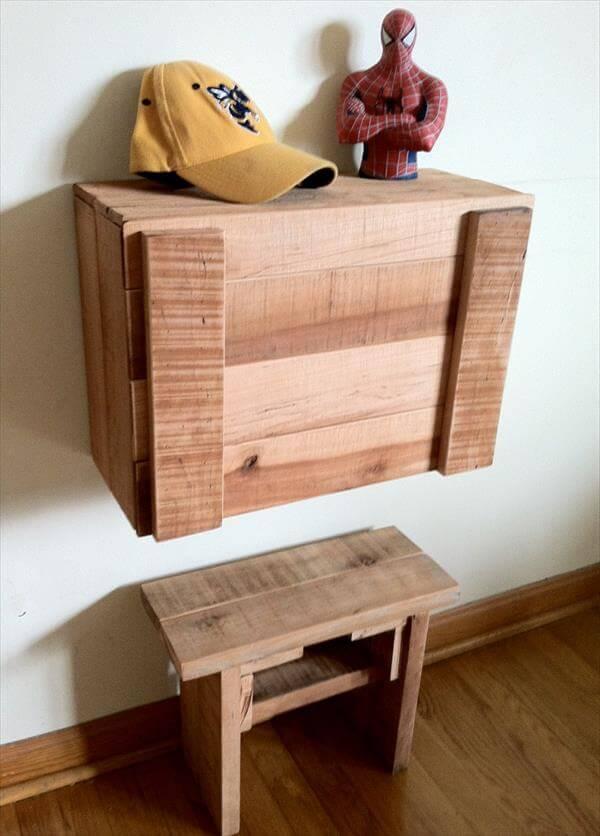 Diy Pallet Fold Down Study Desk For Kids Pallet