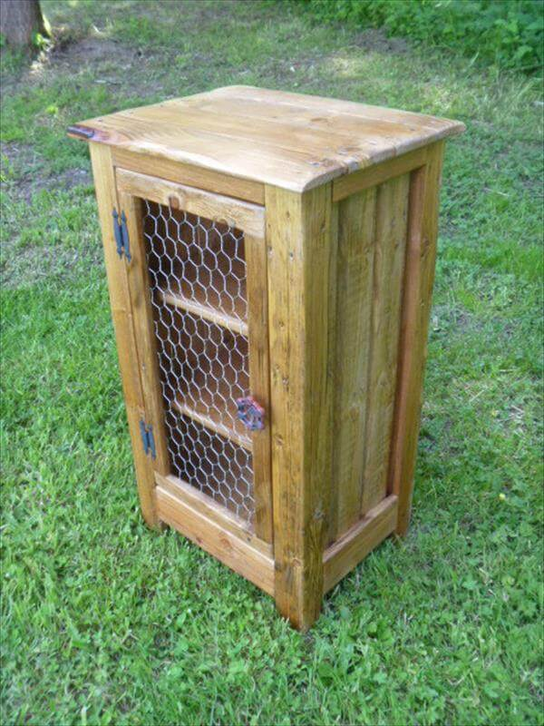 Diy Pallet Cabinet With Chicken Wire Door