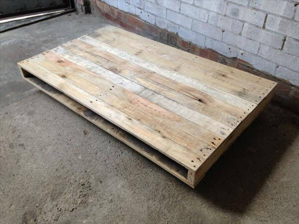 diy squared pallet coffee table