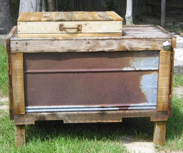 recycled pallet outdoor cooler