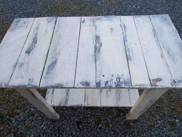 rustic distressed pallet sofa side table