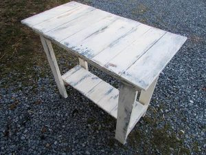 upcycled pallet sofa side table