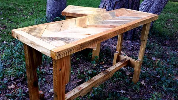 reused pallet chevron entry table