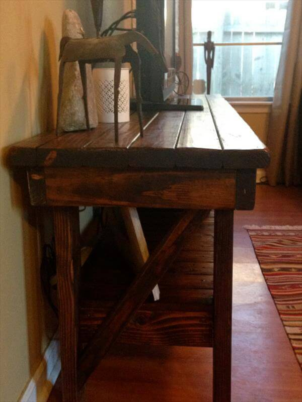 repurposed pallet media table and TV stand