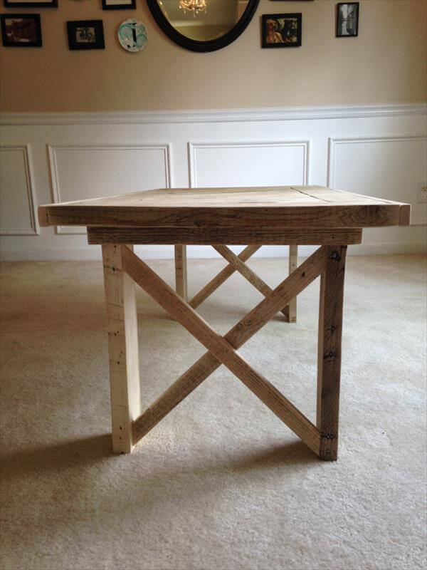 handmade pallet coffee table with diagonal stripe pattern