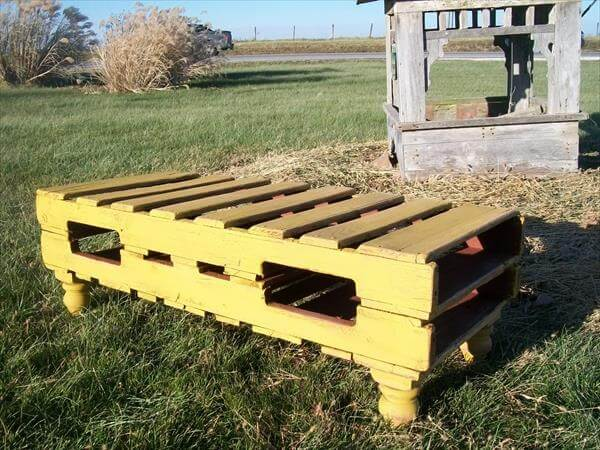 pallet coffee table and bench