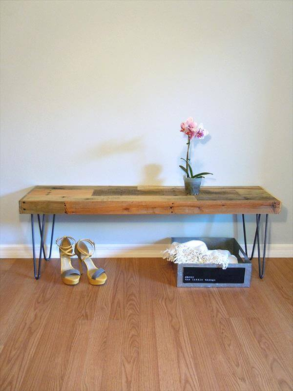 recycled pallet bench with hairpin legs