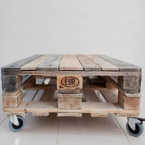 repurposed pallet coffee table with wheels