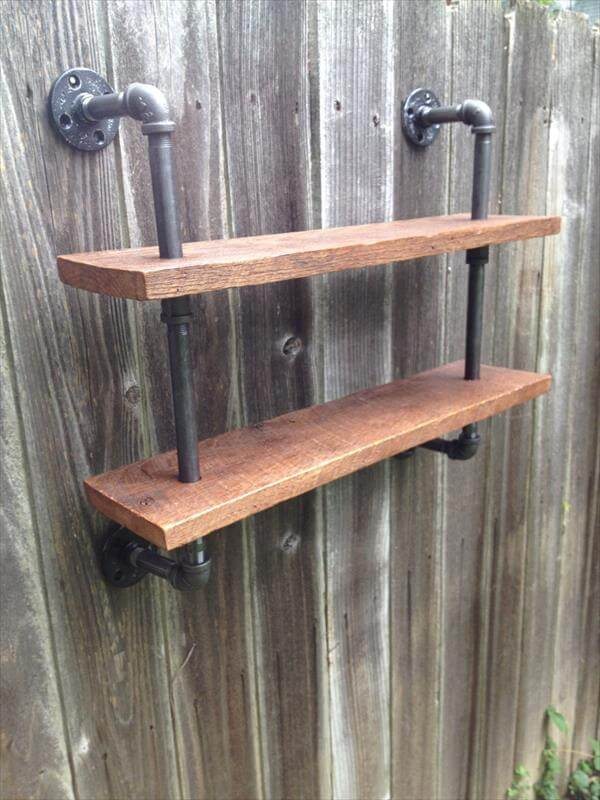 DIY Pallet and Iron Pipe Wall Hanging Shelf | Pallet Furniture DIY