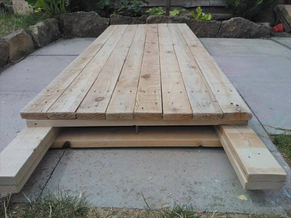 handmade pallet foldable table
