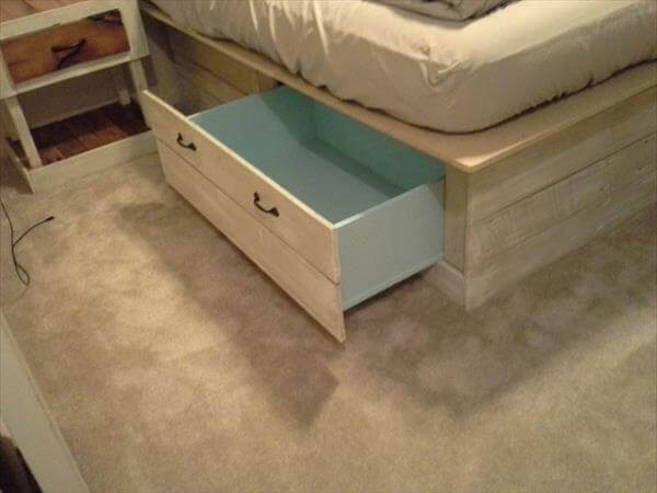 Diy pallet bed with storage headboard pallet furniture diy for Pallet platform bed with storage