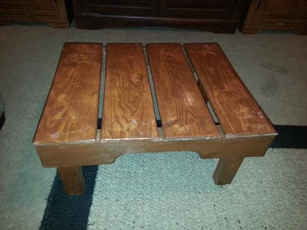 diy pallet mini table and foot stool
