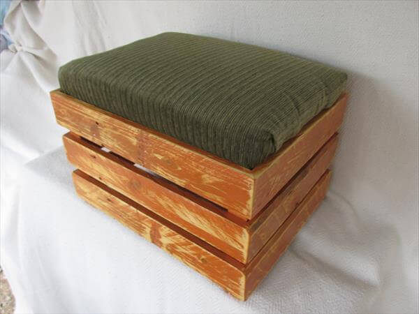 DIY Upholstered Pallet Ottoman Step Stool