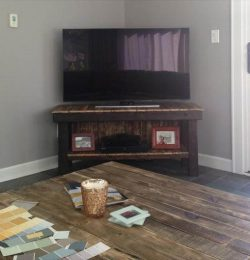 upcycled pallet TV stand and media cabinet