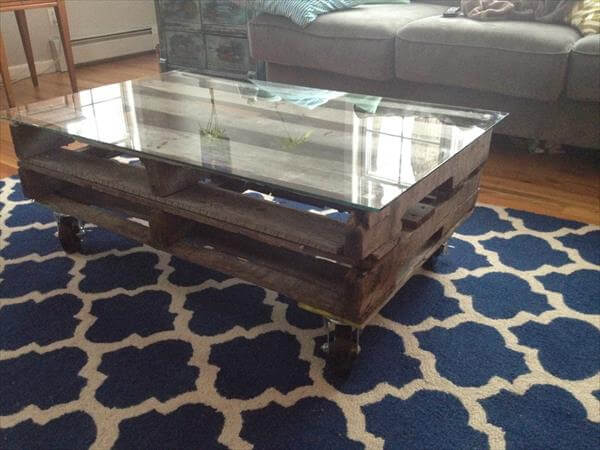 Rustic Pallet Wood Coffee Table