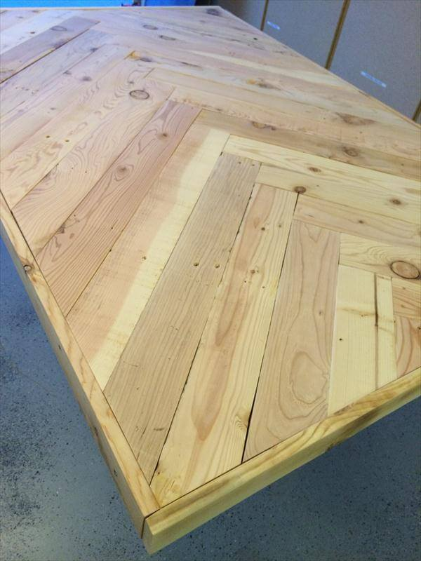 reclaimed chevron pallet table