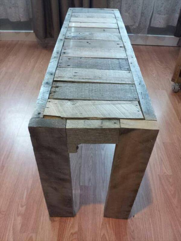 repurposed pallet sturdy entryway bench