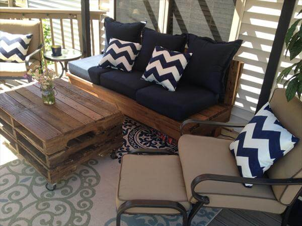 recycled pallet patio coffee table
