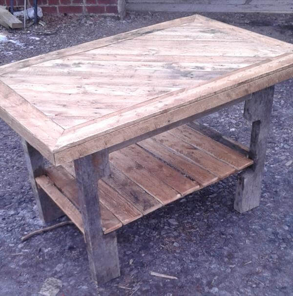reclaimed pallet coffee table with lower shelf