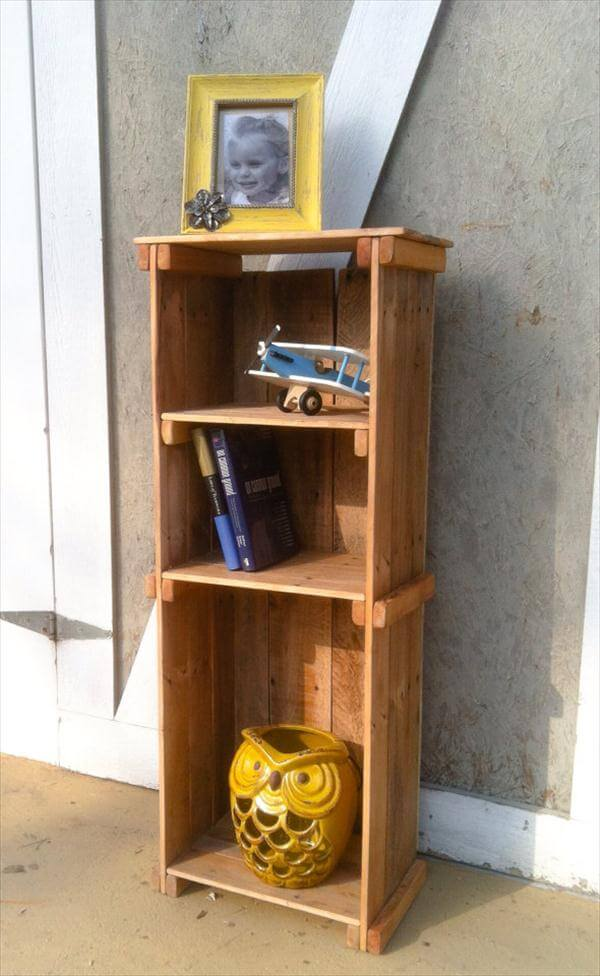 reclaimed pallet decorative display unit