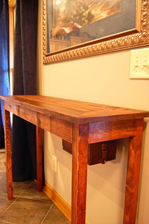 repurposed pallet console table