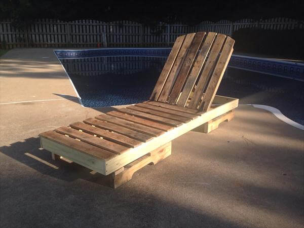 handmade pallet poolside lounge chair