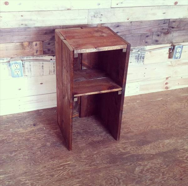 repurposed pallet bedside table