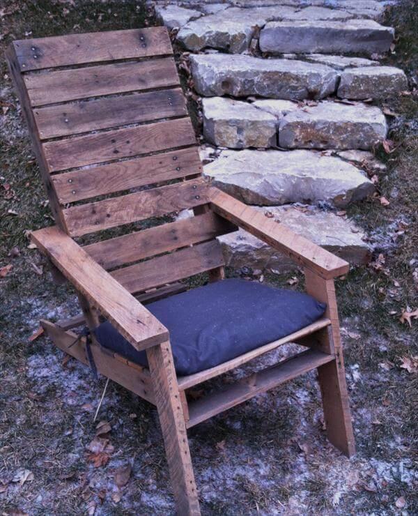 diy rustic pallet Adirondack chair