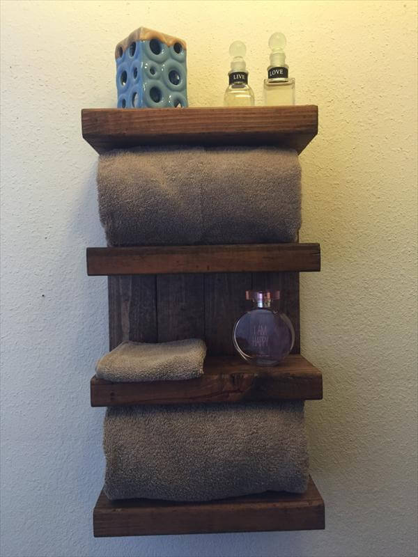 rustic yet modern pallet bathroom shelf