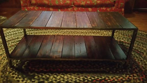 diy pallet coffee table with 2 levels
