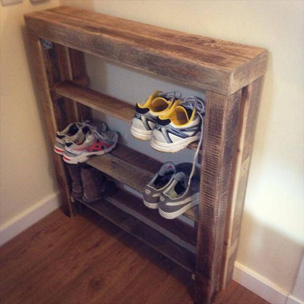 repurposed pallet shoes rack