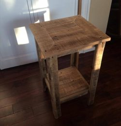 salvaged pallet side table