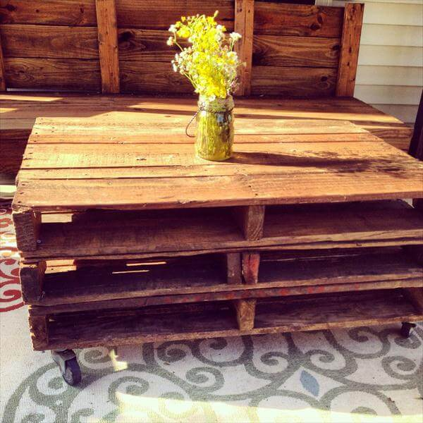 3 diy pallet patio coffee table with wheels