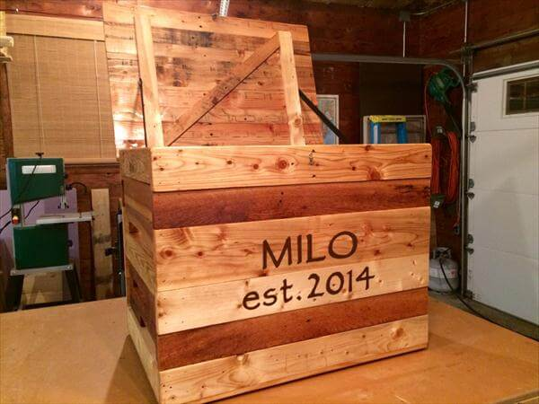 diy pallet toy chest and storage box