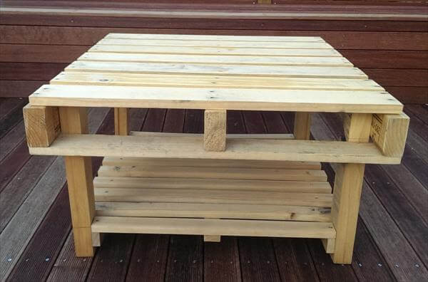 wooden pallet patio coffee table