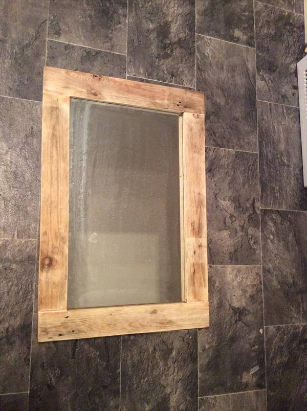 diy reclaimed pallet mirror pallet furniture diy