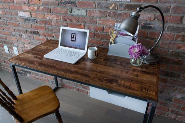 upcycled pallet computer desk